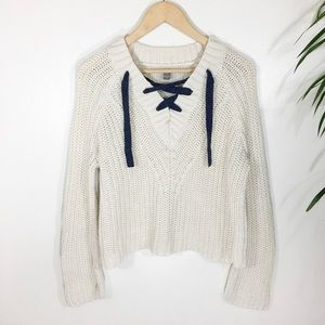 aerie Sweaters - Aerie off white lace up Crop sweater size XS